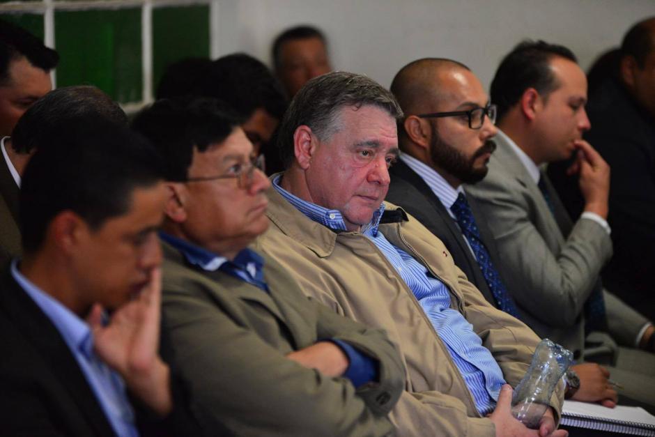 Hugo Roitman conocido como Uri, y demás implicados escuchan la imputación que les realiza el MP. (Foto: Jesús Alfonso/Soy502)