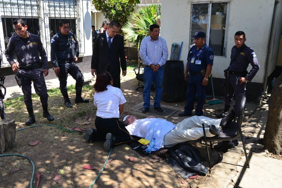 Roitman se desmayó en plena audiencia luego de alegar quebrantos de salud y que se le negara ser trasladado a un centro asistencial. (Foto: Wilder López/Soy502)