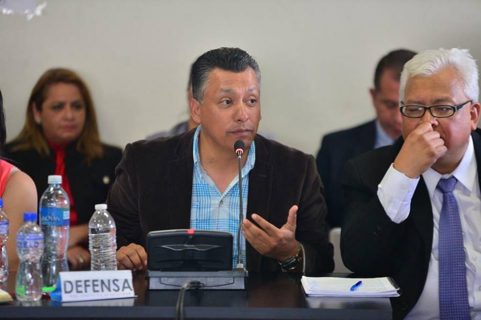 Pablo González sustentó que pruebas efectuadas al líquido demuestran una mejora de la calidad del agua. (Foto Wilder López/Soy502)