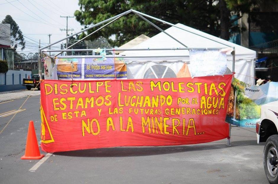 Pese a que la Corte Suprema de Justicia resolvió que el proyecto minero no es viable y que deben suspenderse sus operaciones, el MEM no ha acatado la orden. (Foto: Alejandro Balan/Soy502)