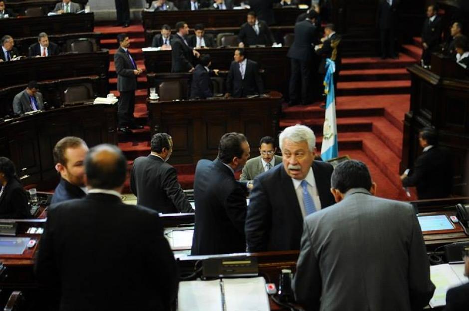 Los legisladores más conservadores criticaron que se busque imponer la participación de las mujeres en los partidos políticos. (Foto: Alejandro Balán/Soy502)