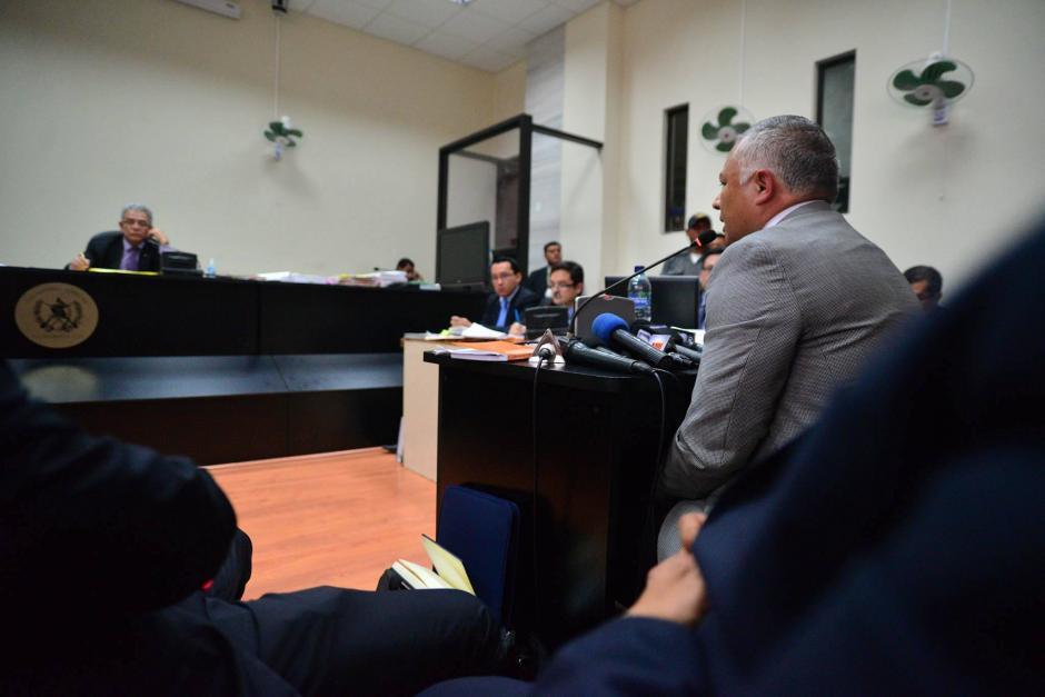 """El enfrentamiento se generó con el fiscal que encabeza el caso La Línea. Con este incidente terminó la audiencia de declaración de """"Eco"""", que no pudo concluir. (Foto: Wilder López/Soy502)"""