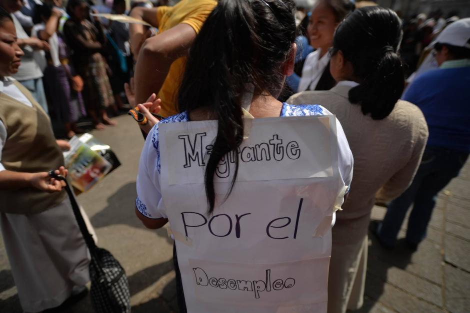 Durante la actividad se realizaron varias dramatizaciones sobre lo que afrontan los migrantes. (Foto: Wilder López/Soy502)