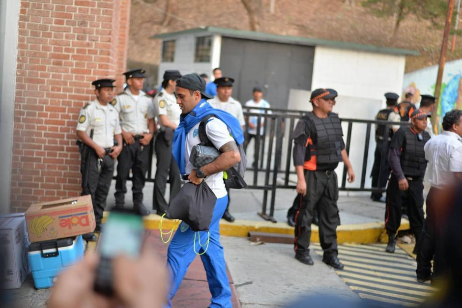 José Manuel Contreras hace su ingreso al estadio Mateo Flores. (Foto: Wilder López/Soy502)
