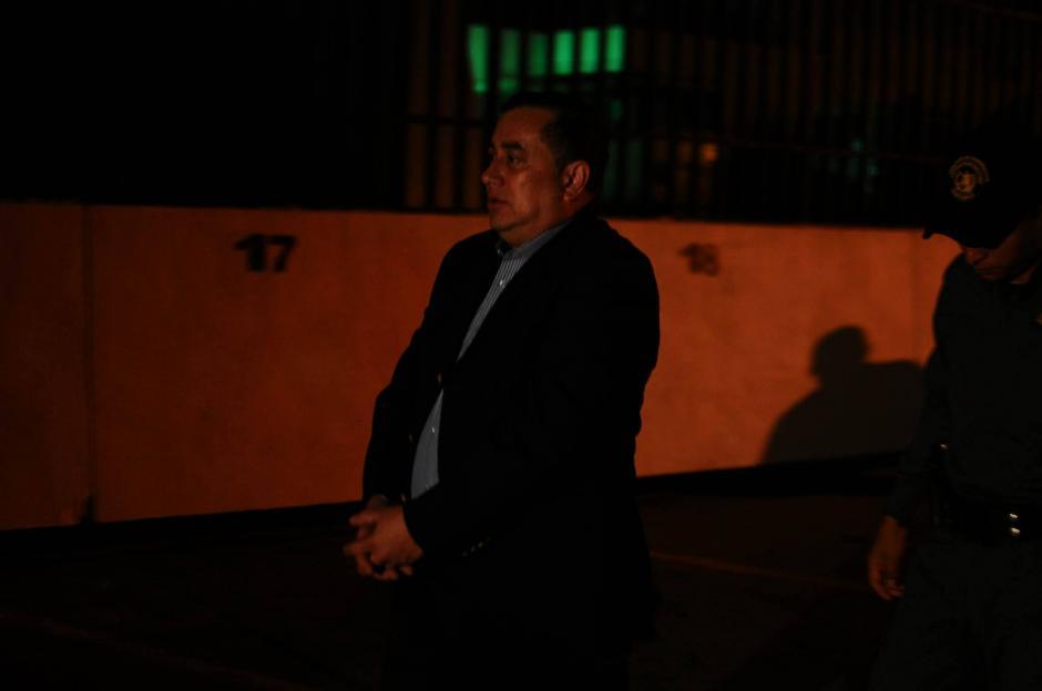 Continúan llegando a la Torre de Tribunales los involucrados en el caso La Línea. (Foto: Alejandro Balán/ Soy502)