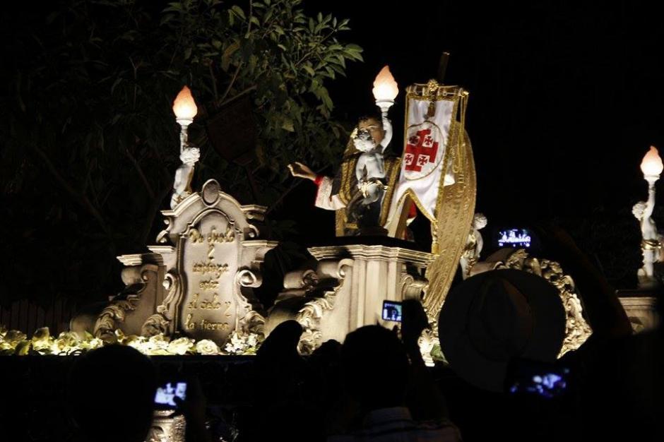 Se tiene previsto que la procesión regrese al templo a las 2:40 de la madrugada de sábado. (Foto: Jorge Sente/ Nuestro Diario)