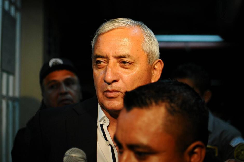 El expresidente Otto Pérez Molina fue el segundo en ser trasladado hacia la Torre de Tribunales. (Foto: Alejandro Balán/ Soy502)