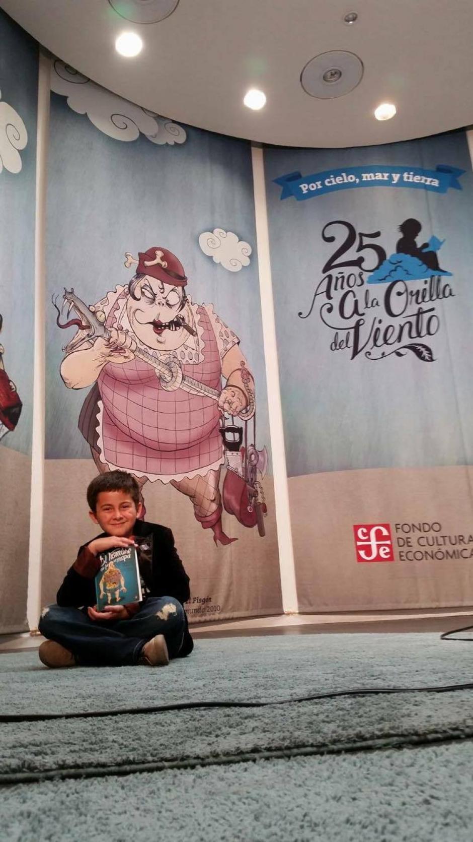 Juan Pablo recibió el premio en el Día Internacional del Libro Infantil y Juvenil