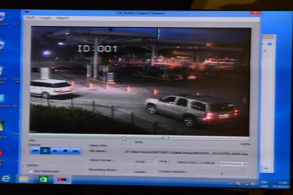 En un video de seguridad de una gasolinera se observa cómo el vehículo en el que viajaba Cabral era escoltado por el de los guardaespaldas. (Foto: Jesús Alfonso/Soy502)