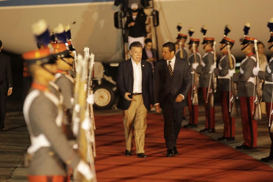 Santos se reunirá con el presidente Jimmy Morales antes del medio día. (Foto: Fredy Hernández/Soy502)