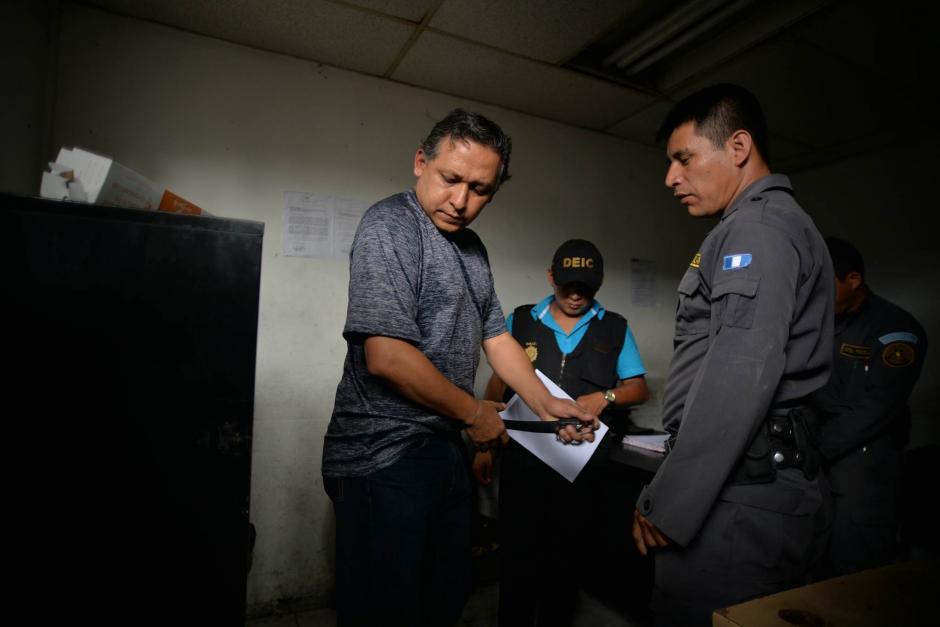 En horas de la noche, Gustavo Adolfo Ascencio podría conocer los motivos de su detención. (Foto: Wilder López/ Soy502)