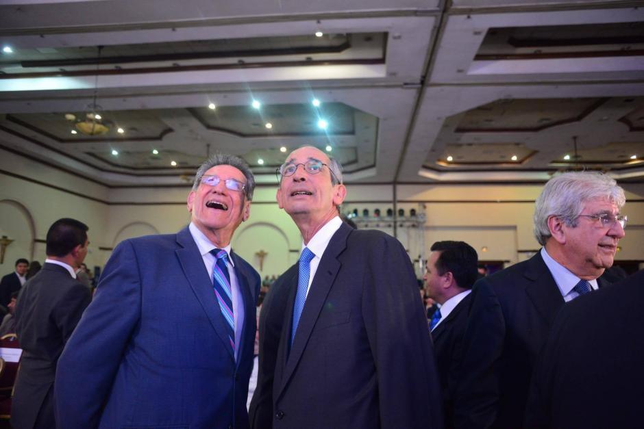 Álvaro Colom fue otro de los expresidentes que asistió al evento. (Foto: Jesús Alfonso/Soy502)
