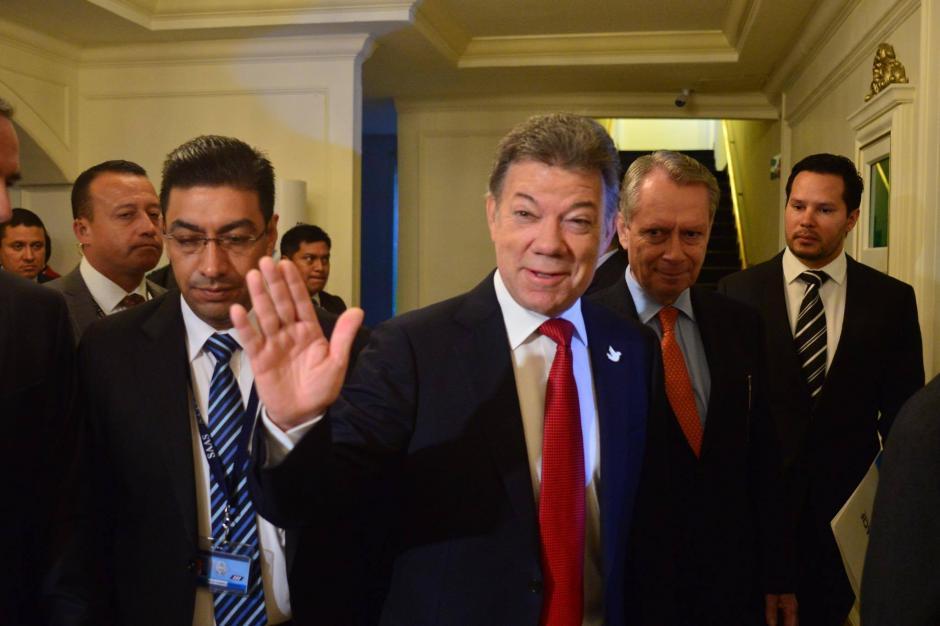 El presidente Juan Manuel Santos se reunió con empresarios guatemaltecos durante un desayuno. (Foto: Jesús Alfonso/Soy502)