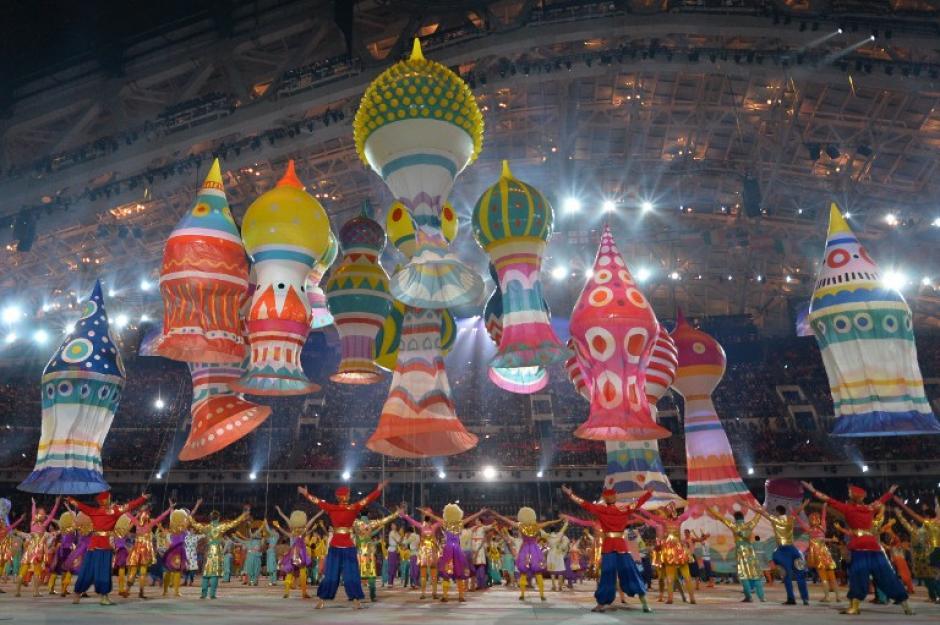 Distintos artistas realizaron presentaciones en las que se vio reflejada la cultura rusa. (Foto: Alberto Pizzoli/AFP)