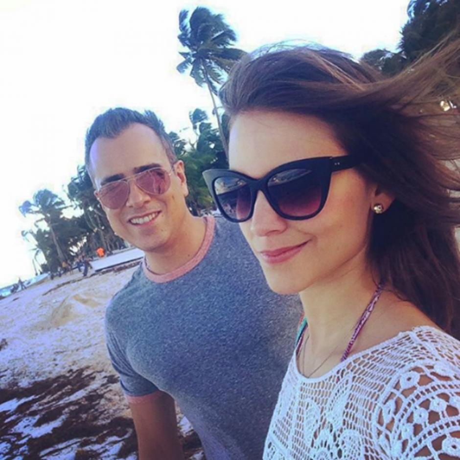 La pareja disfruta su amor y comparten sus aventuras amorosas. (Foto: Instagram Jore Enrique Abello)