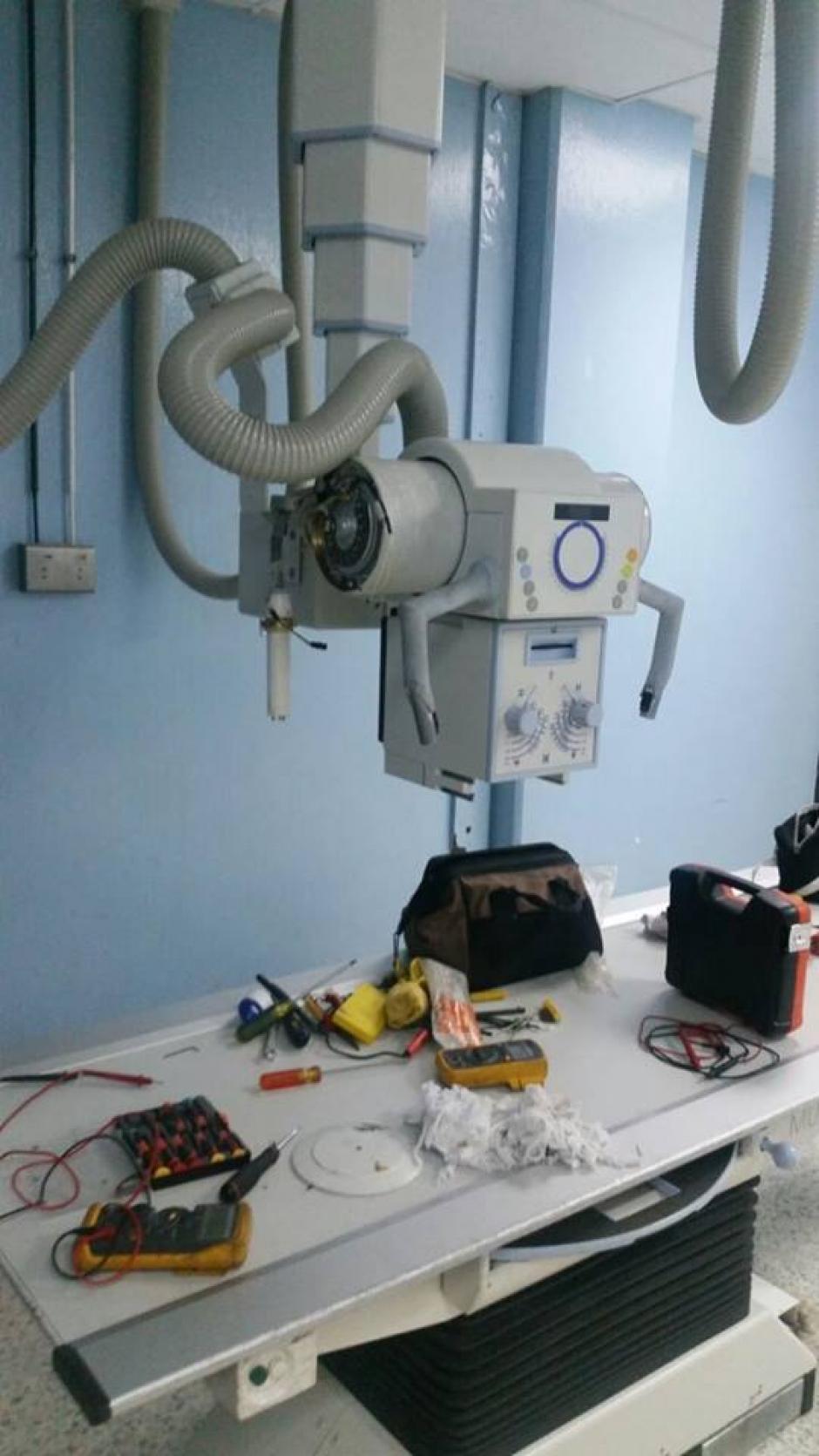 El aparato que saca las radiografías lleva más de 15 días trabajando con desperfectos y al 20% de su capacidad. (Foto: Facebook/Curemos Guate)