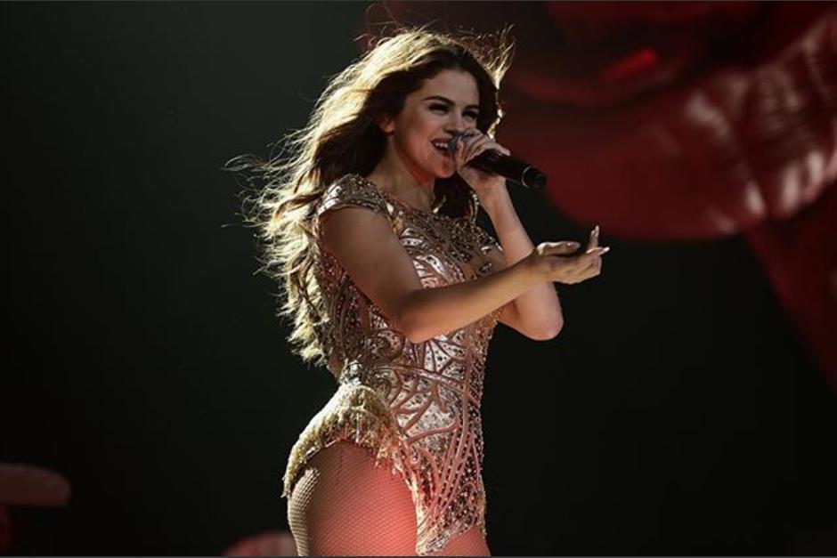 Selena Gomez ha utilizado en sus últimas presentaciones vestuarios similares a los que usa Beyoncé. (Foto: Selena Gomez)