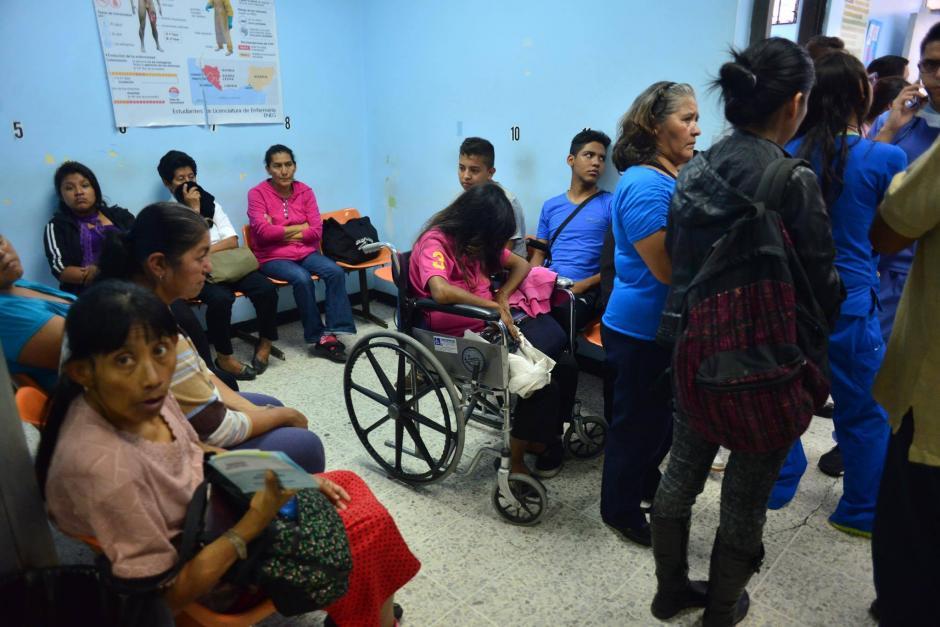 La emergencia se vio afectada por la gran cantidad de personas que debía atender. (Foto: Jesús Alfonso/Soy502)