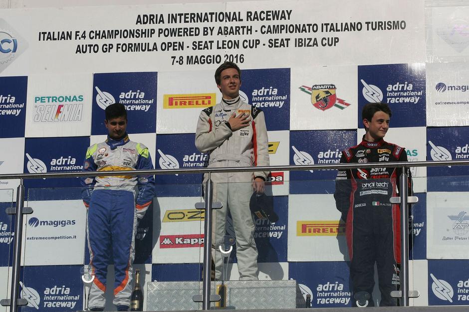 Este sábado Ian Rodríguez subió a lo más alto del podio en Italia. (Foto: Facebook)