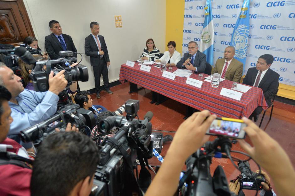 La SAT, MP y CICIG realizaron una conferencia de prensa para dar detalles sobre el caso Aceros de Guatemala. (Foto: Wilder López/ Soy502)