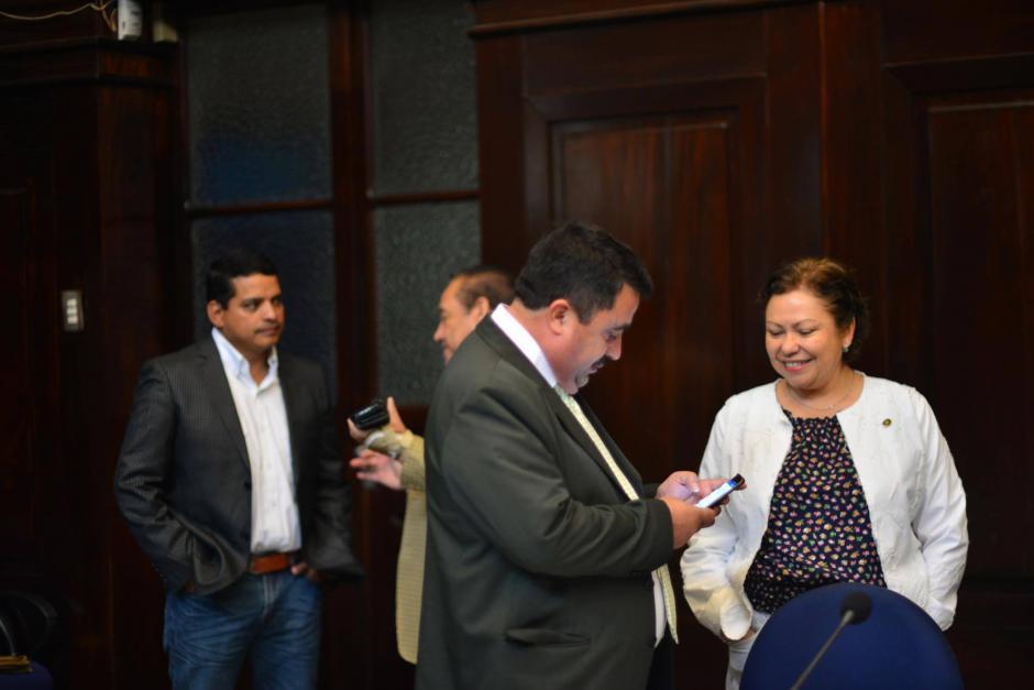 Al concluir el proceso, los miembros de la comisión se retiraron. (Foto: Jesús Alfonso/Soy502)