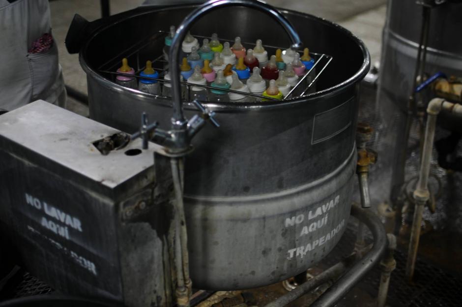 La lavandería y el área de limpieza trabajan parcialmente en el hospital San Juan de Dios. (Foto: Soy502)