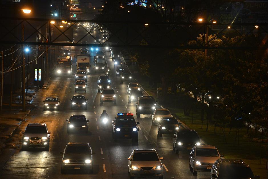 Una publicación sobre la prohibición de luces LED ha sido compartida en las redes sociales en las últimas horas. (Foto: Archivo/Soy502)