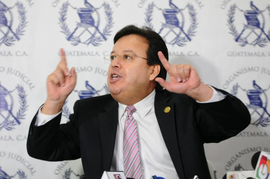 El magistrado Vladimir Aguilar anunció que renuncia a su cargo. (Foto: Alejandro Balán/ Soy502)