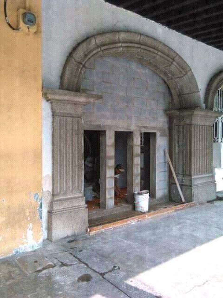 Así luce la construcción antes de ser cubierta la noche del martes. (Foto: Colectivo de Jóvenes de Guatemala)