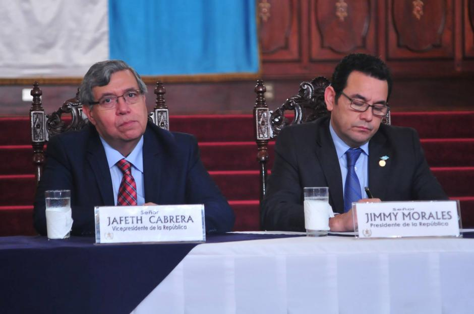 El presidente Jimmy Morales aclaró la situación entre él y Cabrera. (Foto: Archivo/Soy502)