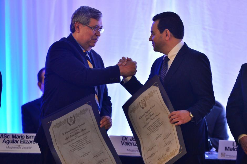 No es la primera vez que pide un aplauso para un funcionario público. (Foto: Alejandro Ortiz /Soy502)