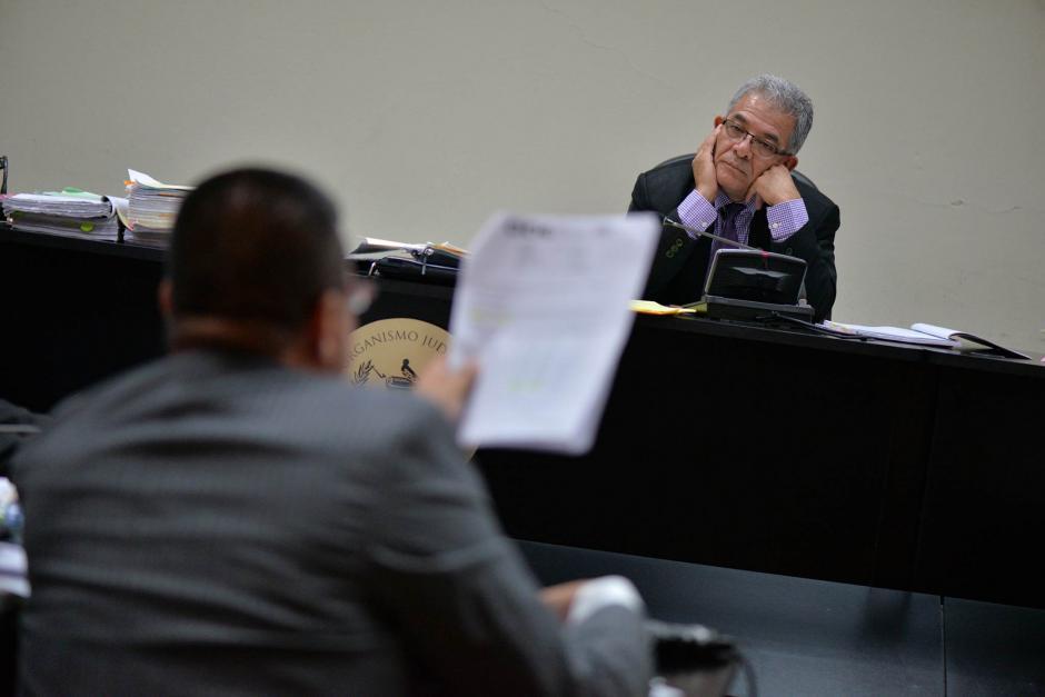El juez Miguel Ángel Gálvez, después de escuchar a Chico Dólar ordenó medidas de seguridad para él y su famililia. (Foto: Wilder López/Soy502)