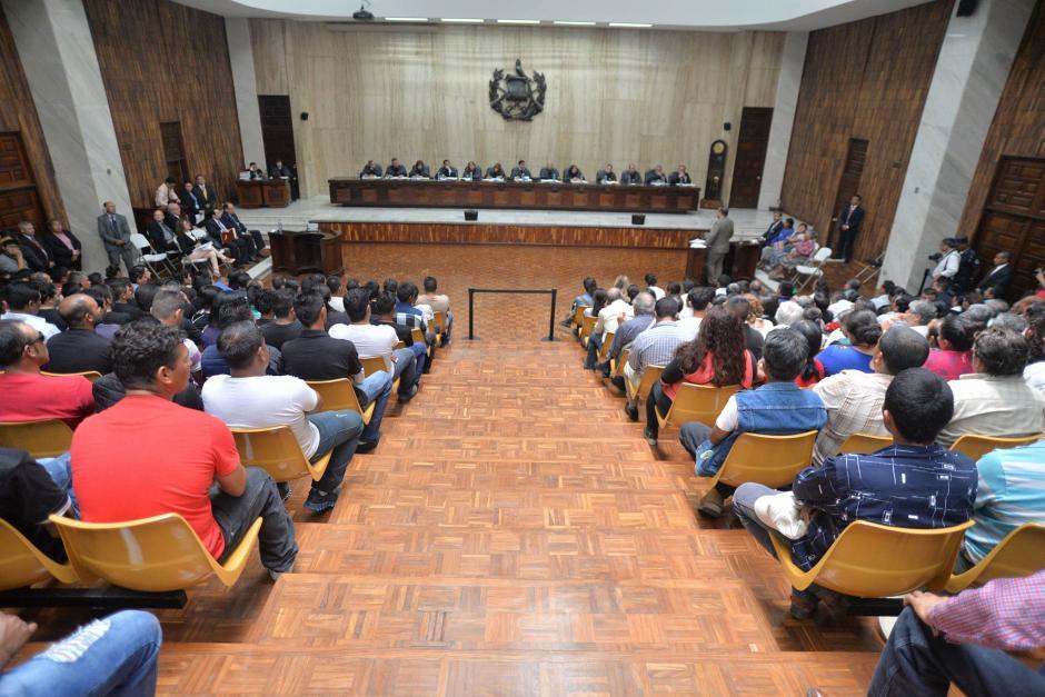 El pleno de la Corte Suprema de Justicia realizó una audiencia pública por el caso de la mina, frente a La Puya. (Foto: Wilder López/Soy502)