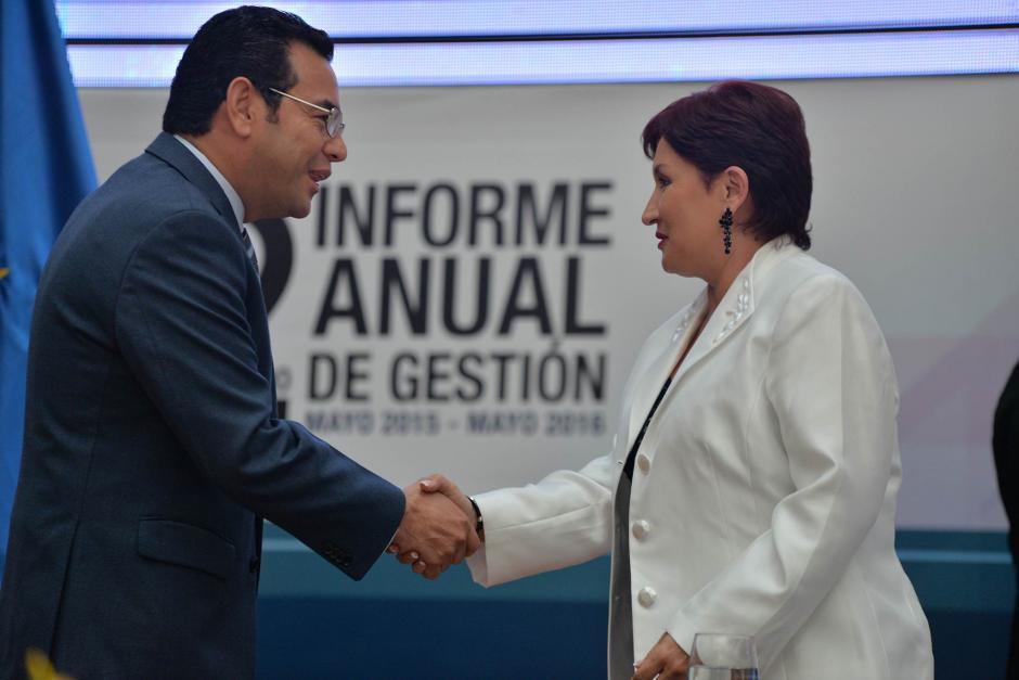 """El presidente se sintió """"orgulloso"""" de la labor de la Fiscal. (Foto: Wilder López/Soy502)"""