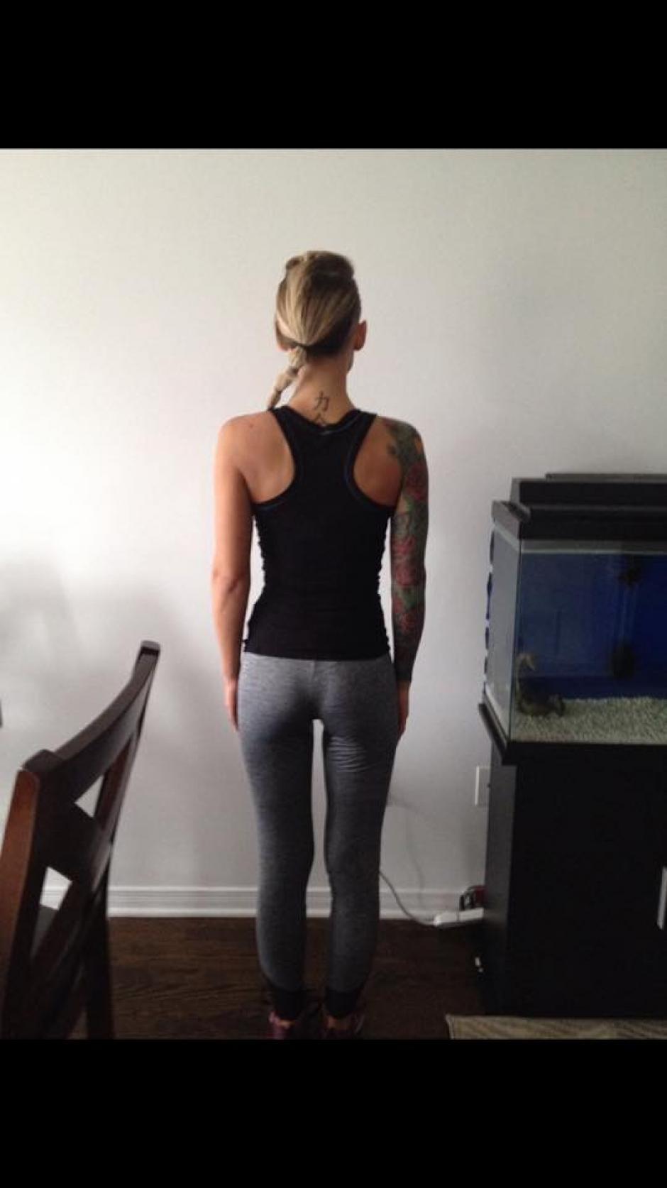 La joven mujer canadiense iba acompañada de su esposo el día que la echaron del gimnasio. (Foto: FB Jenna Vecchio)