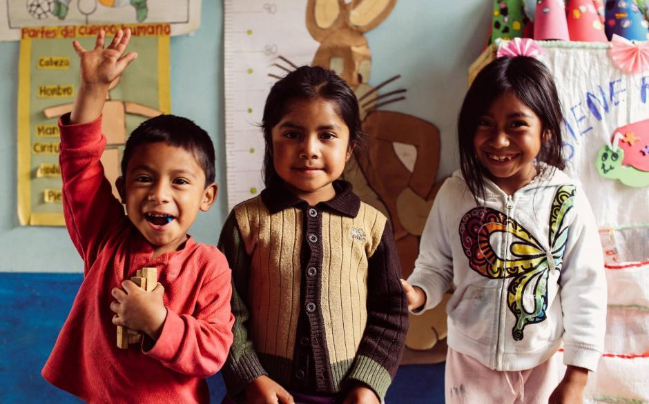 La peluquería Cartoon Cuts está recaudando dinero para apoyar la educación en Guatemala. (Foto: Cartoon Cuts)