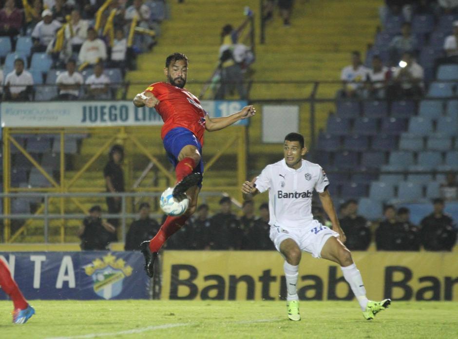 """Carlos """"El Pescado"""" Ruíz lo ha intentado pero sin éxito hasta ahora. (Foto: Luis Barrios/Soy502)"""
