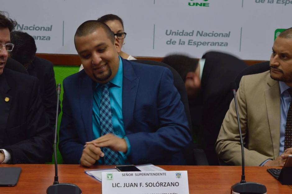 El jefe de la SAT, señaló que están investigando a los guatemaltecos mencionados en los Papeles de Panamá (Foto: Camila Chicas/Soy502)