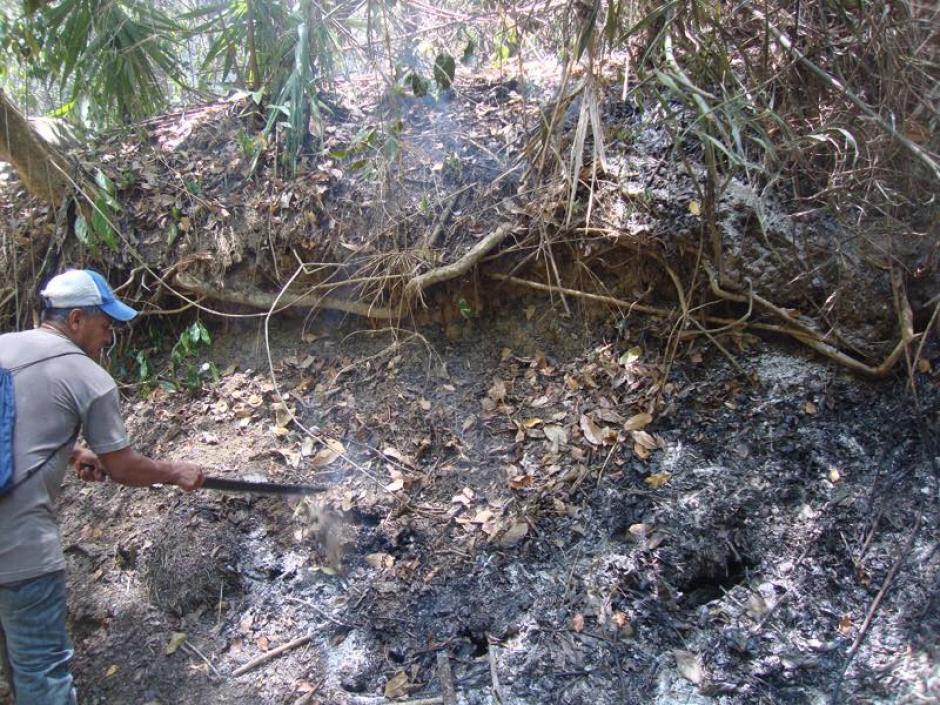 Los arqueólgos manifiestan que siempre han tenido complicaciones para trabajar en esta área por los incendios. (Foto: Facebook, Proyecto Regional Arqueológico La Corona)