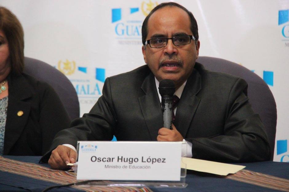 López nombró a 23 profesionales que él seleccionó con el apoyo de una comisión independiente. (Foto: Ministerio de Educación)