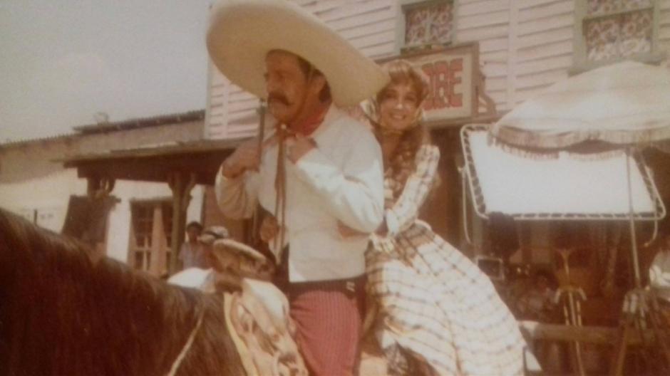 """La foto corresponde a una de las escenas de la película """"Charrito"""". (Foto: La Chilindrina Oficial)"""