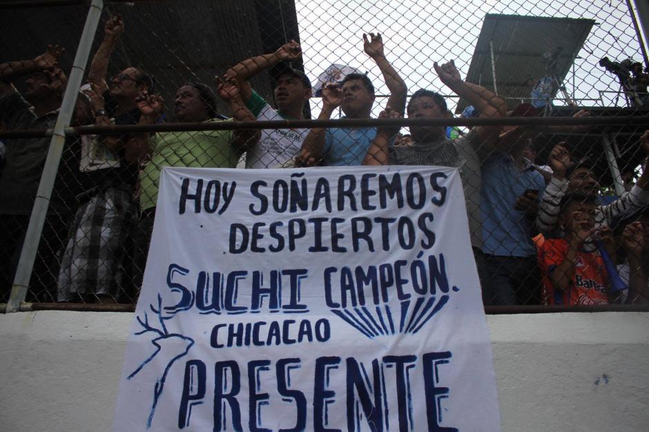 Aficionados de los departamentos aledaños llegaron para apoyar al deportivo Suchitepéquez. (Foto: Luis Barrios/Soy502)