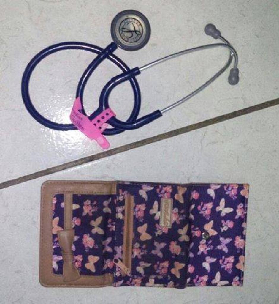 Estas son las pertenencias que habría robado el capturado en el Hospital. (Foto: PNC)