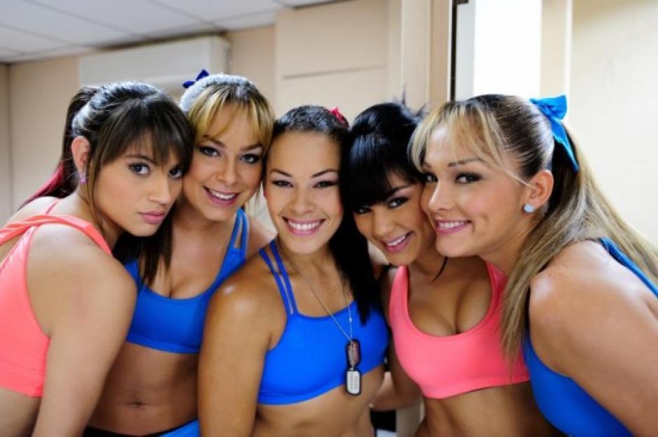 Modelos, deportistas y presentadoras participaron en los cinco años del programa. (Foto: Twitter)