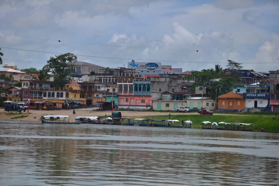 Un año después, el área va retomando la normalidad y se vuelven a otorgar las licencias de pesca. (Foto: Wilder López/Soy502)