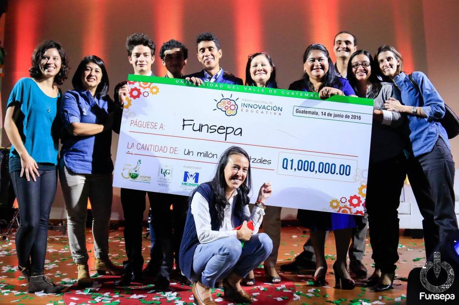 El equipo de Funsepa ahora tiene una gran responsabilidad de crear la plataforma que permita a los docentes autoformarse a la distancia y sin salir de sus comunidades. (Foto: Funsepa)