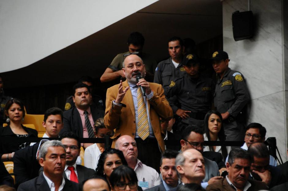 El abogado Moisé Galindo pidió al juez que no se graben las conversaciones entre sindicados y abogados. (Foto: Alejandro Balán/Soy502)