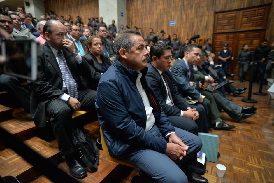 Fernando Peña, expresidente de Banrural, permaneció en la sala de vistas durante toda la jornada. (Foto: Wilder López/Soy502)