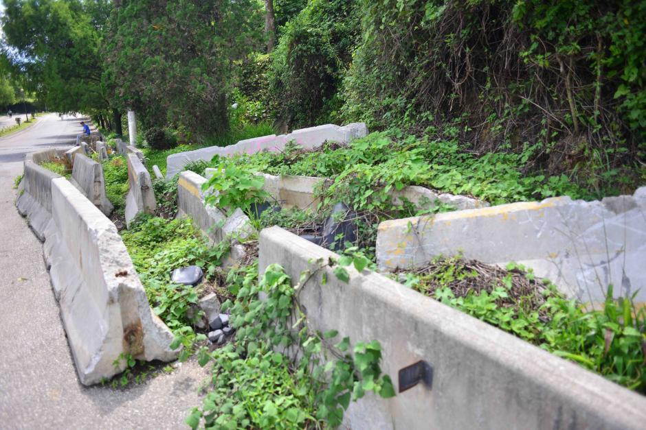 Algunos de los restos del derrumbe de 2013 permanecen en el lugar. (Foto: Jesús Alfonso/Soy502)