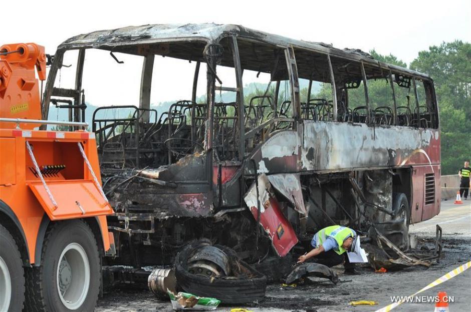 Según las autoridades, se detuvo al conductor del bus como responsable del incidente. (Foto: Xinhua/Long Hongtao)